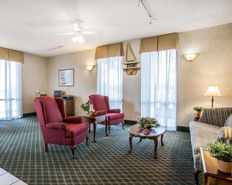 Lobby - Quality Inn Foley