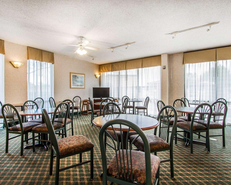 Restaurant - Quality Inn Foley