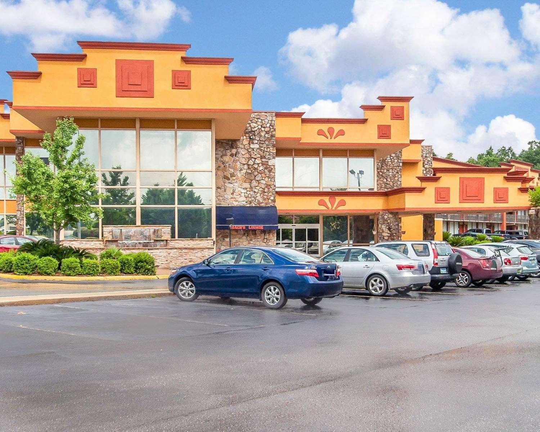 Clarion Inn Suites University Center Auburn Al See Discounts