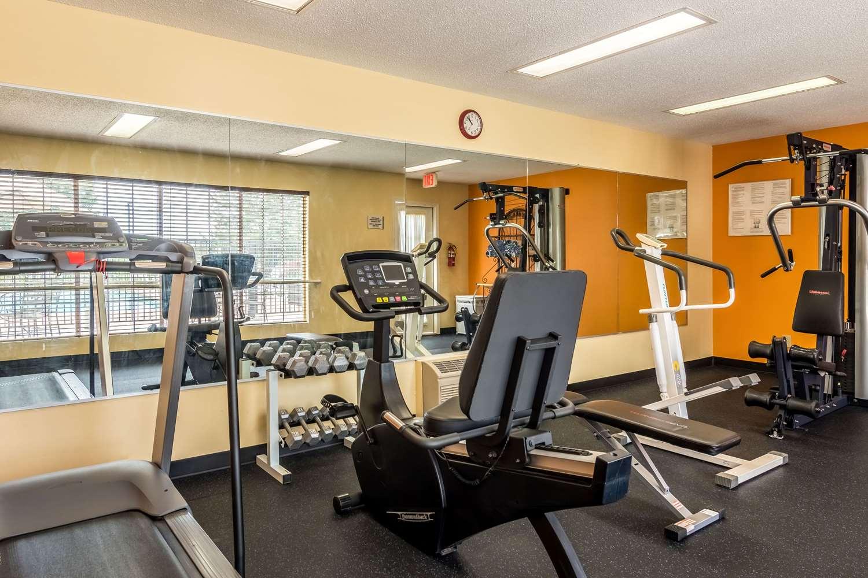 Fitness/ Exercise Room - Quality Inn Village Mall Auburn