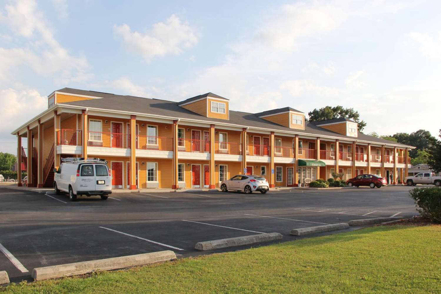 Quality Inn Village Mall Auburn Al See Discounts