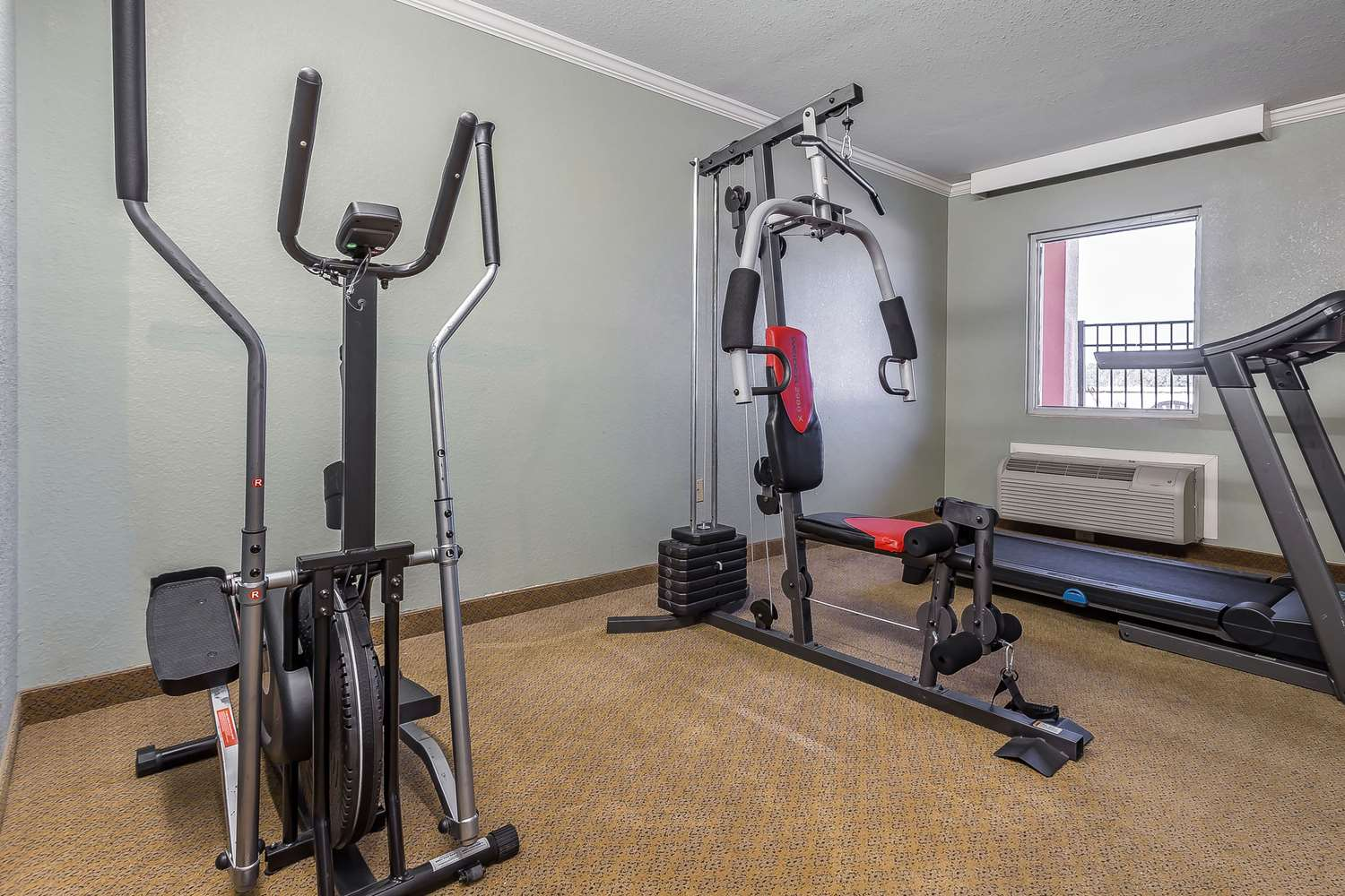 Fitness/ Exercise Room - Econo Lodge Gadsden