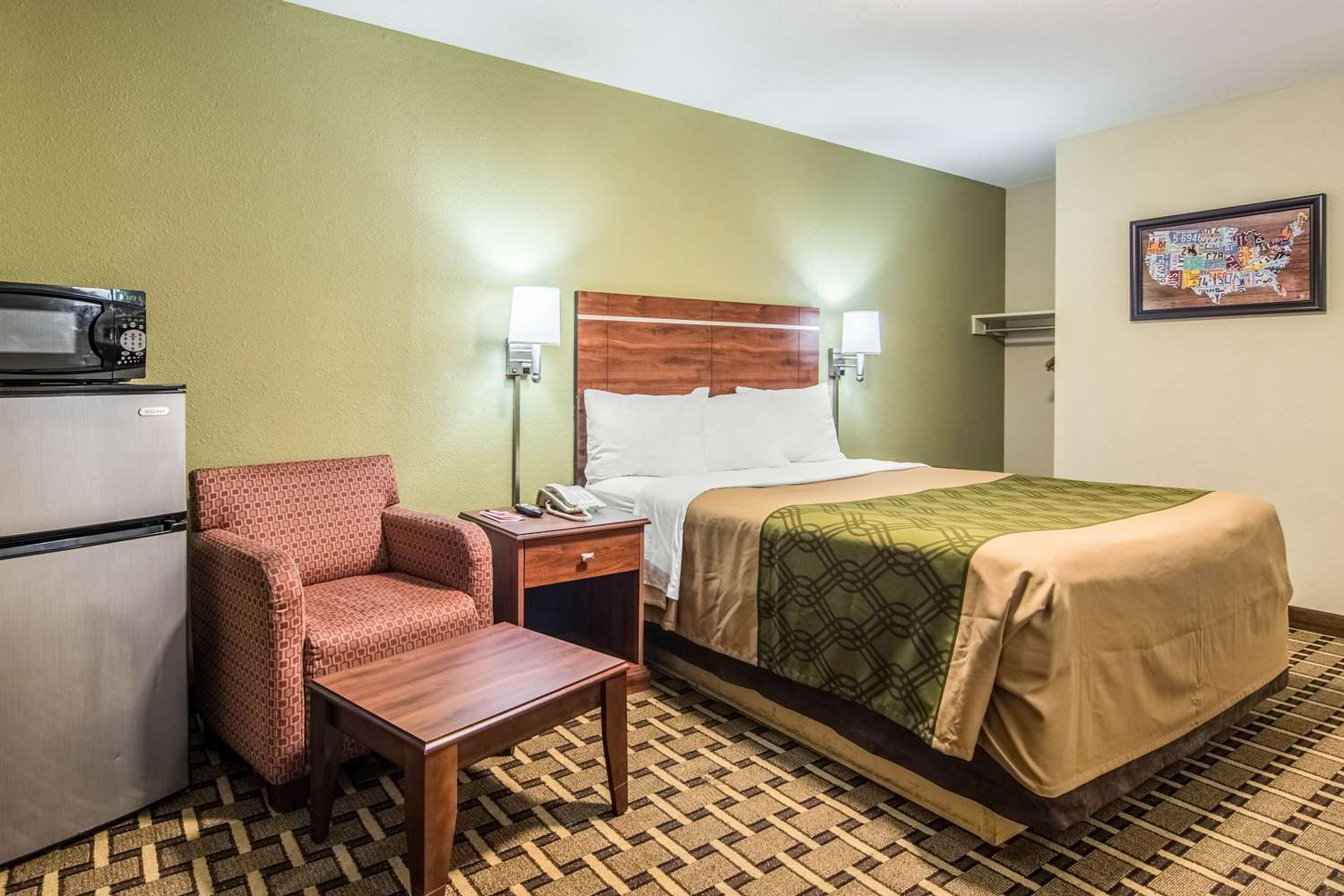 Room - Econo Lodge Jasper