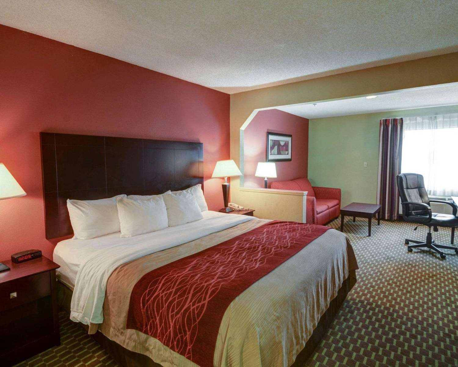 Suite - Quality Inn & Suites Pine Bluff