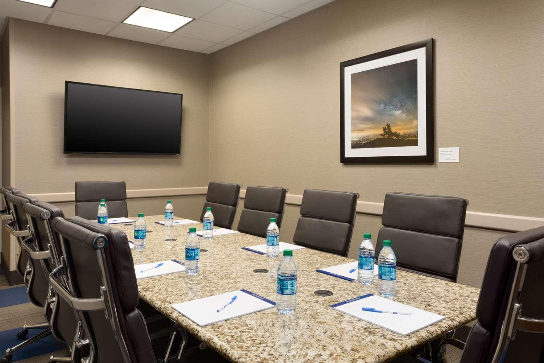 Meeting Facilities - Comfort Inn & Suites Downtown Little Rock