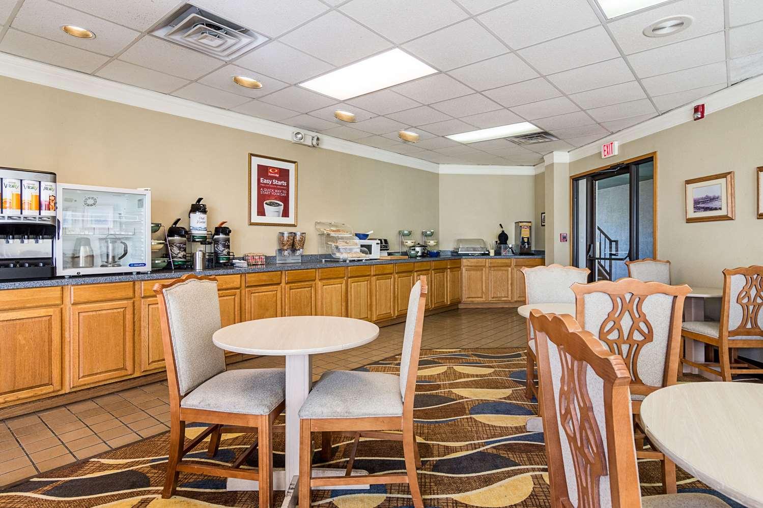 Restaurant - Econo Lodge Arkadelphia