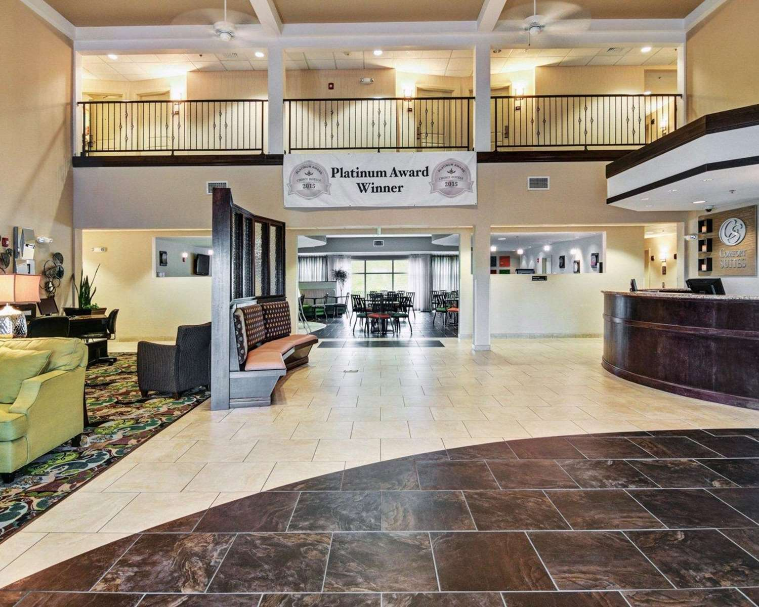 Lobby - Comfort Suites Hot Springs