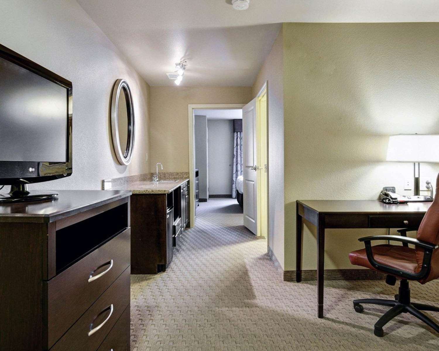 Suite - Comfort Suites Hot Springs