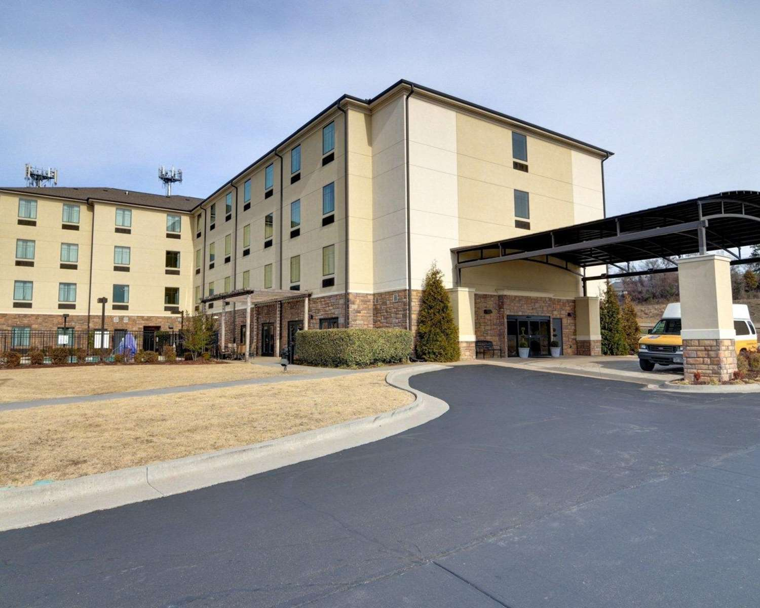 Exterior view - Comfort Inn & Suites Fort Smith