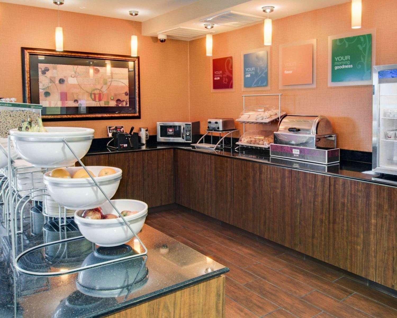 Restaurant - Comfort Suites Texarkana