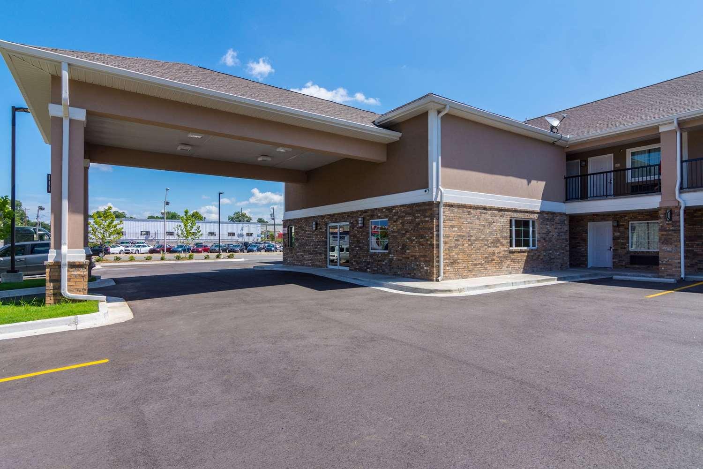 Exterior view - Econo Lodge Inn & Suites Downtown North Little Rock