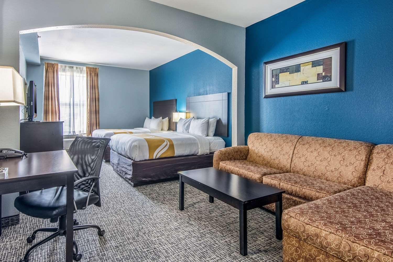 Suite - Quality Suites Maumelle