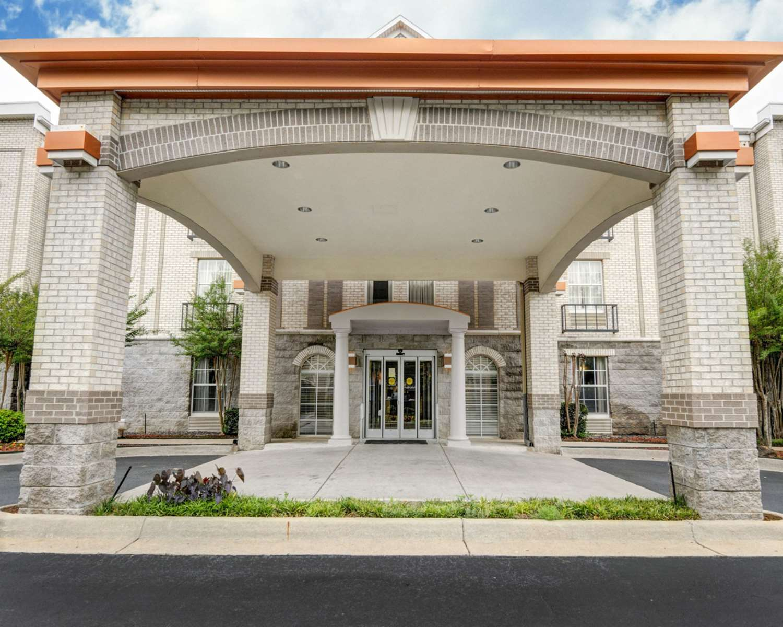 Exterior view - Comfort Inn Little Rock