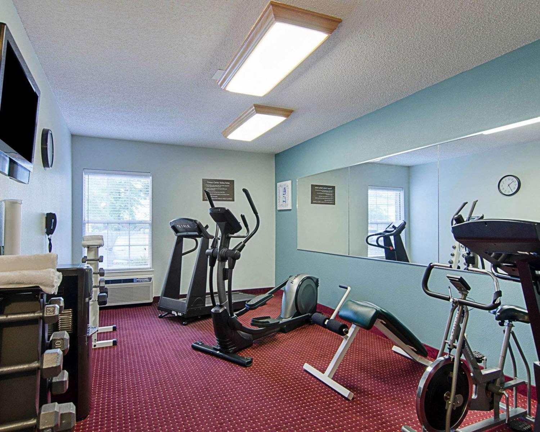 Fitness/ Exercise Room - Comfort Inn Little Rock