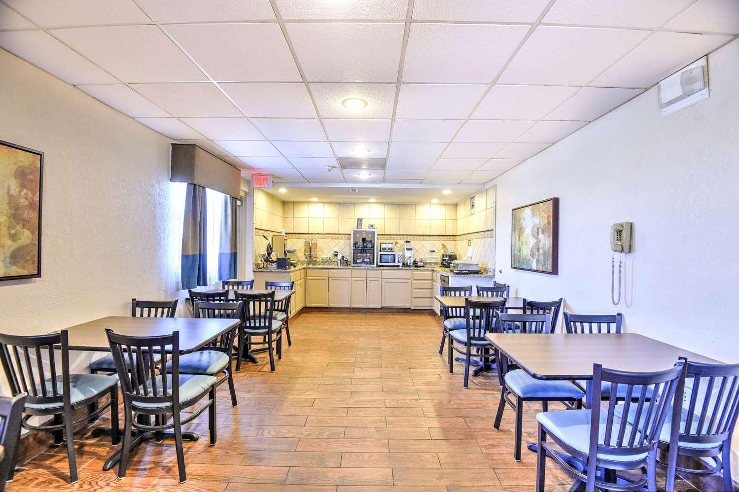 Restaurant - SureStay Hotel by Best Western Ottawa