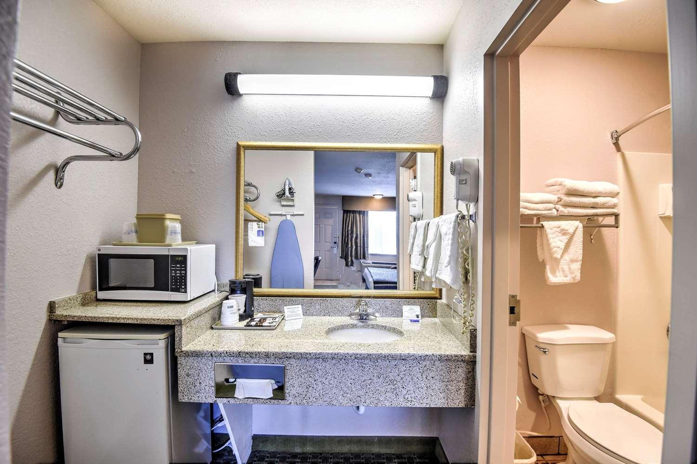 Amenities - SureStay Hotel by Best Western Ottawa