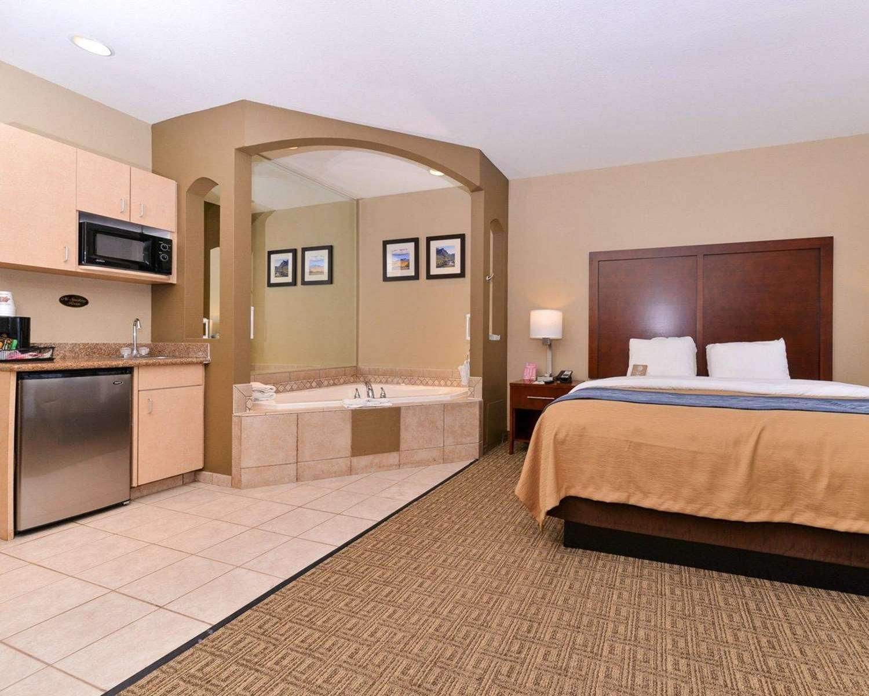 Suite - Comfort Inn Fountain Hills