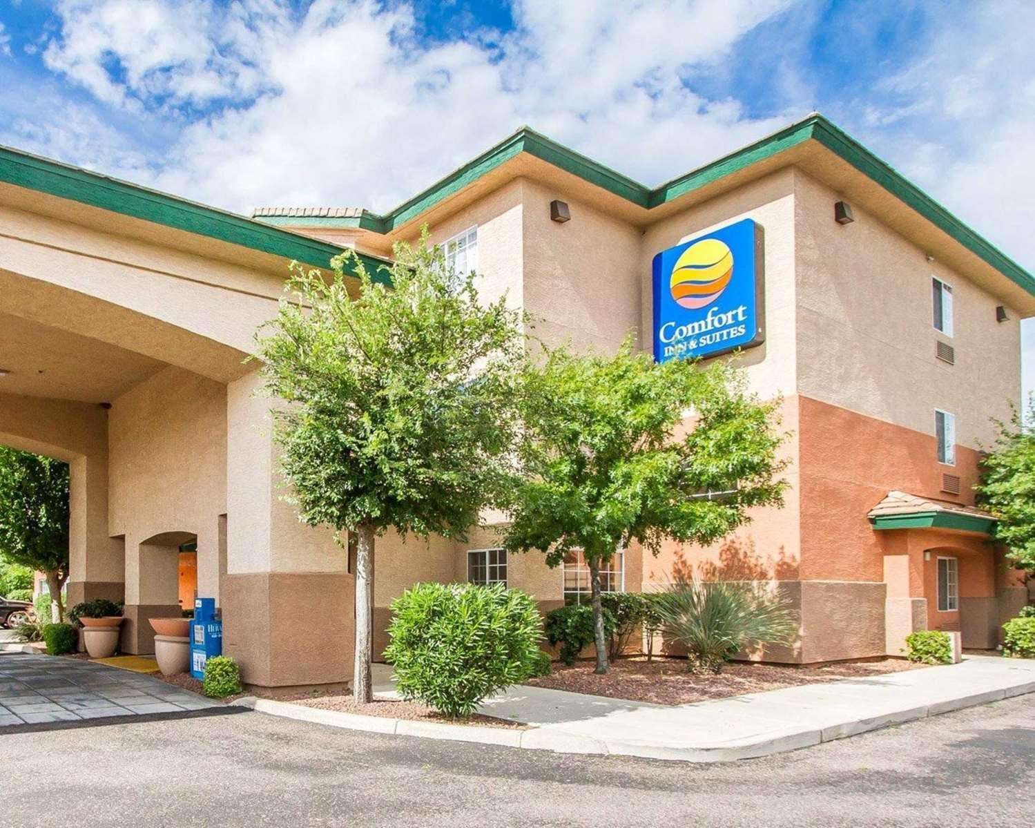 Comfort Inn & Suites hotel in Sierra Vista, AZ