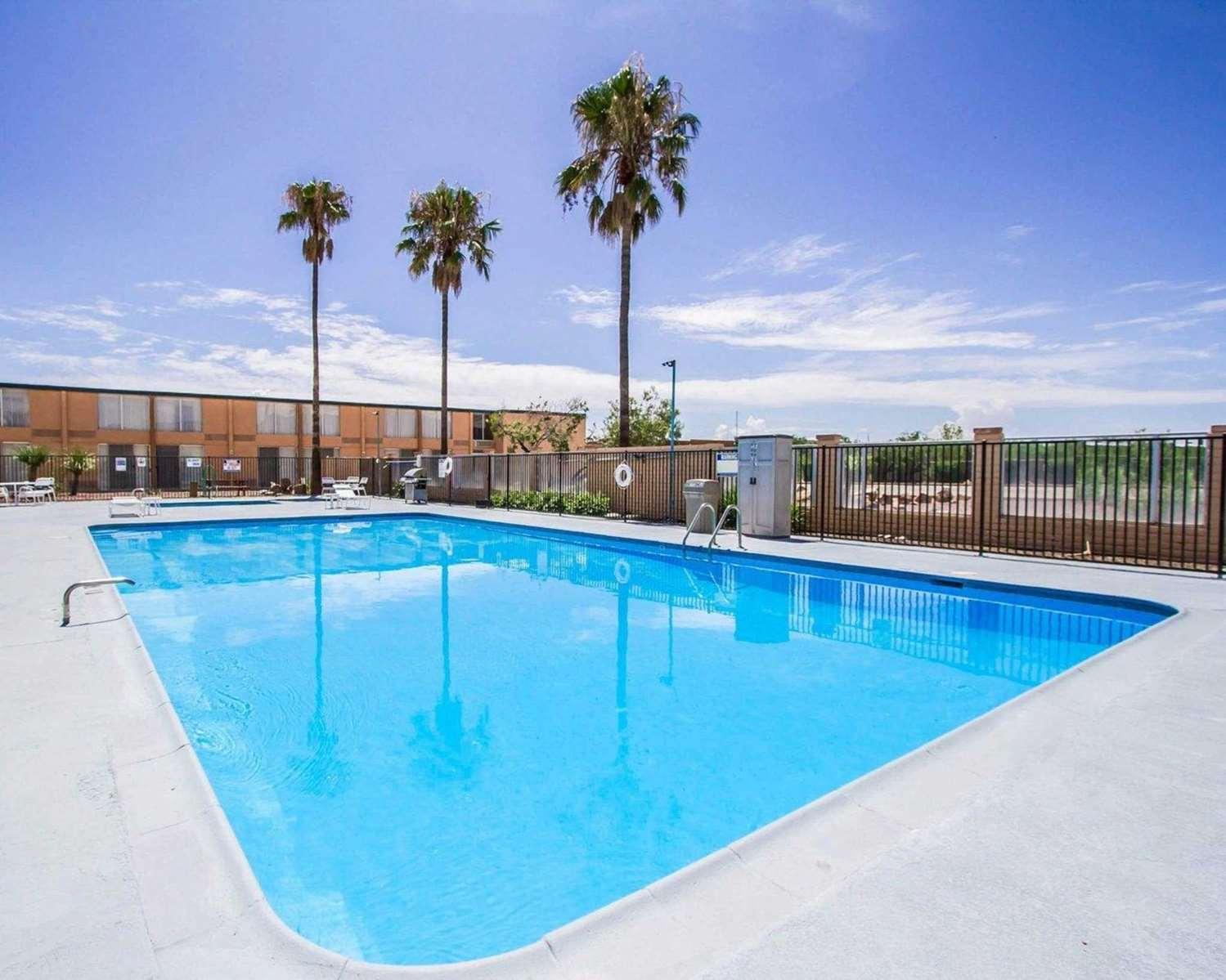 Pool - Quality Inn Sierra Vista
