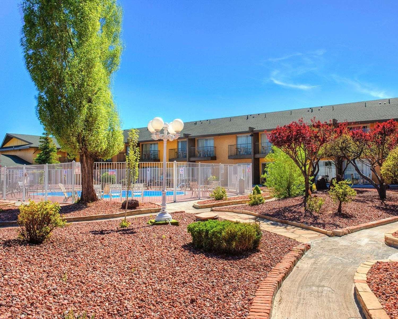 Exterior view - Rodeway Inn & Suites Flagstaff