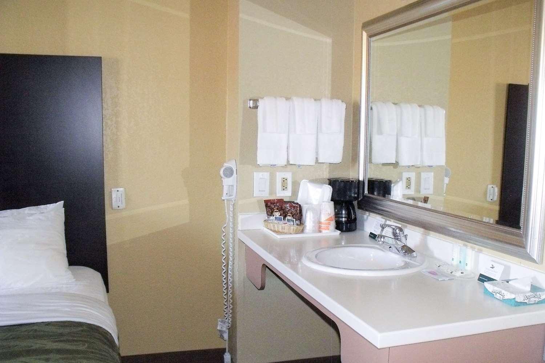 Suite - Quality Inn Winslow