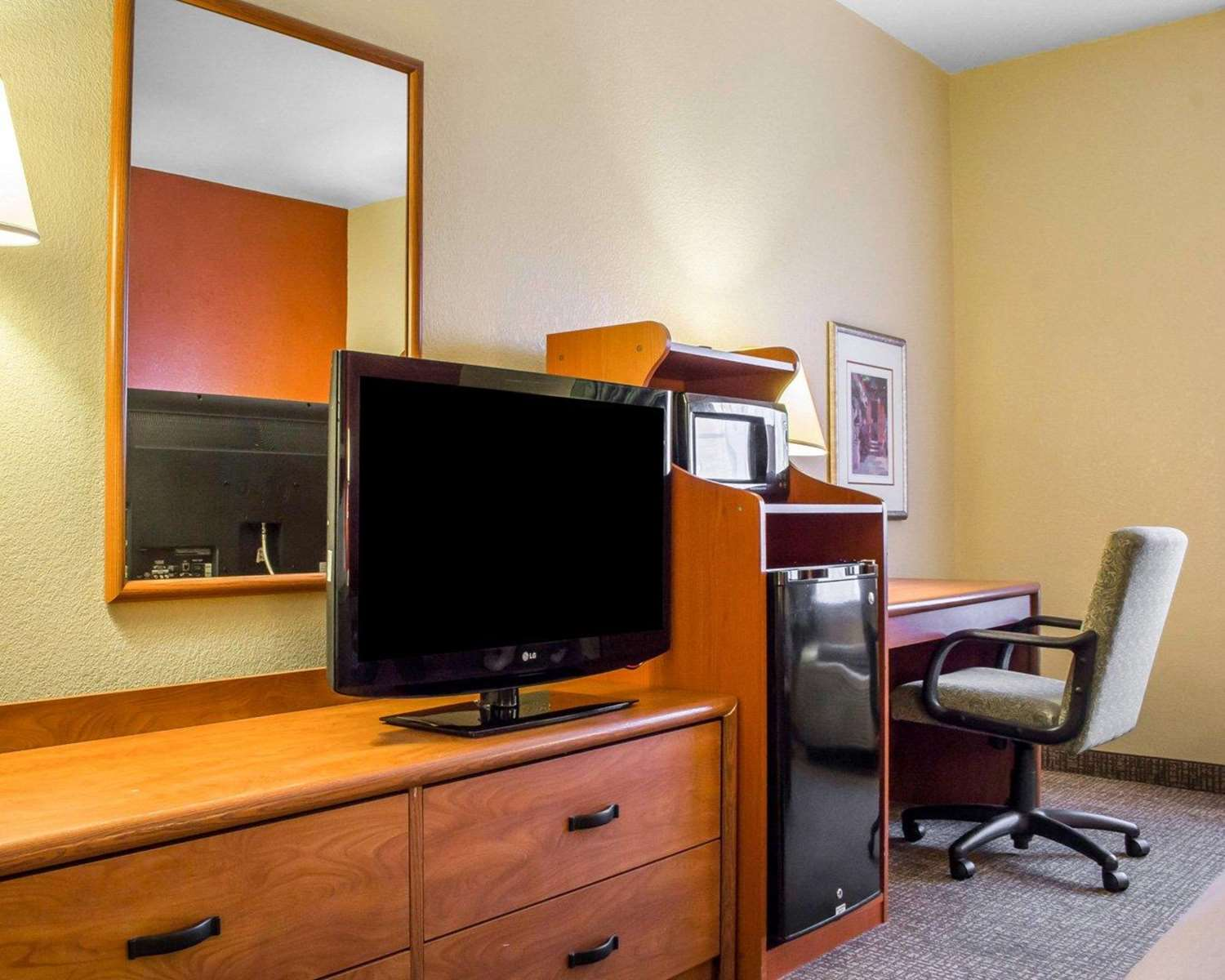 Room - Comfort Inn Green Valley