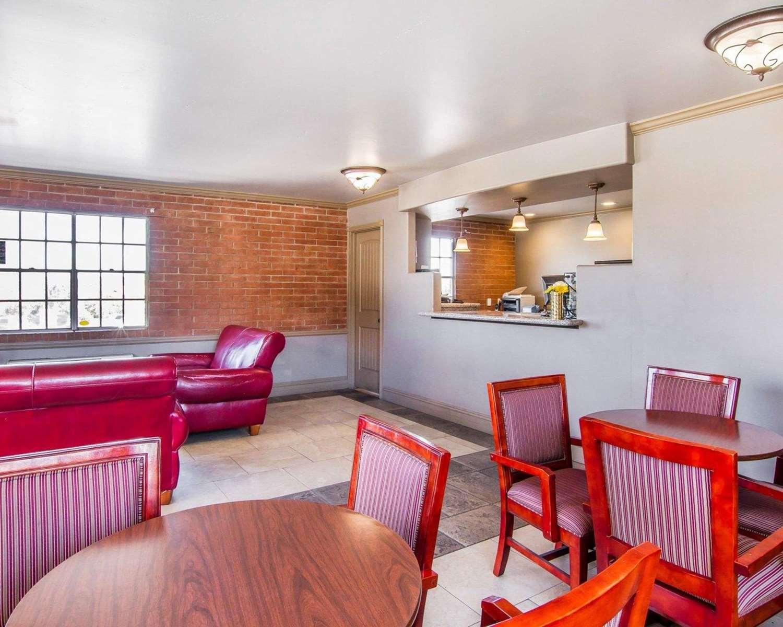 Lobby - Rodeway Inn Prescott