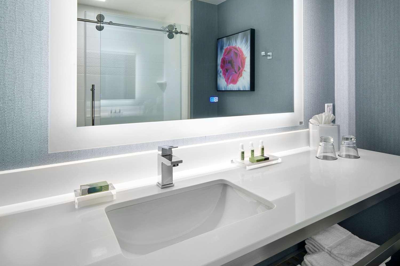 Room - Cambria Hotel & Suites Chandler
