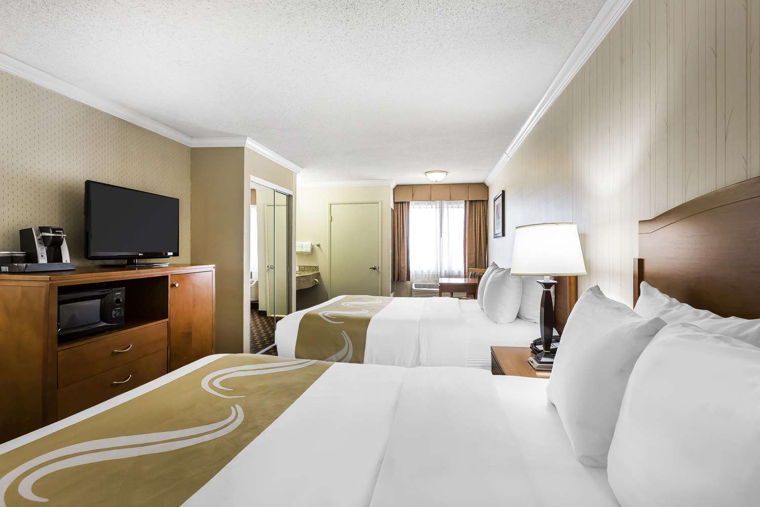 Room - Quality Inn & Suites LAX Airport Inglewood