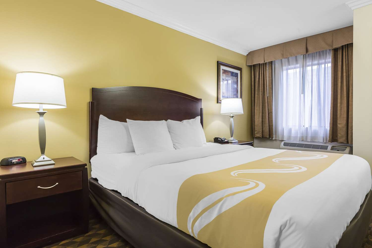 Suite - Quality Inn & Suites LAX Airport Inglewood
