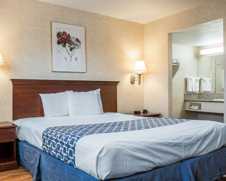 Suite - Econo Lodge Moreno Valley