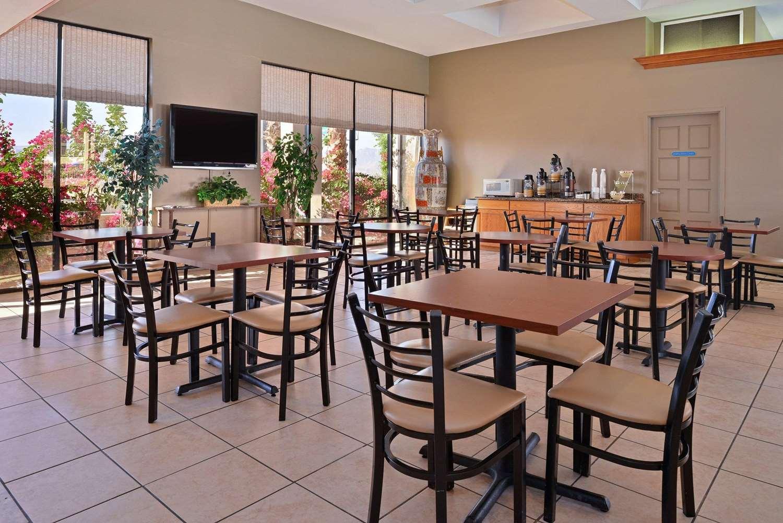 Restaurant - Quality Inn & Suites Indio