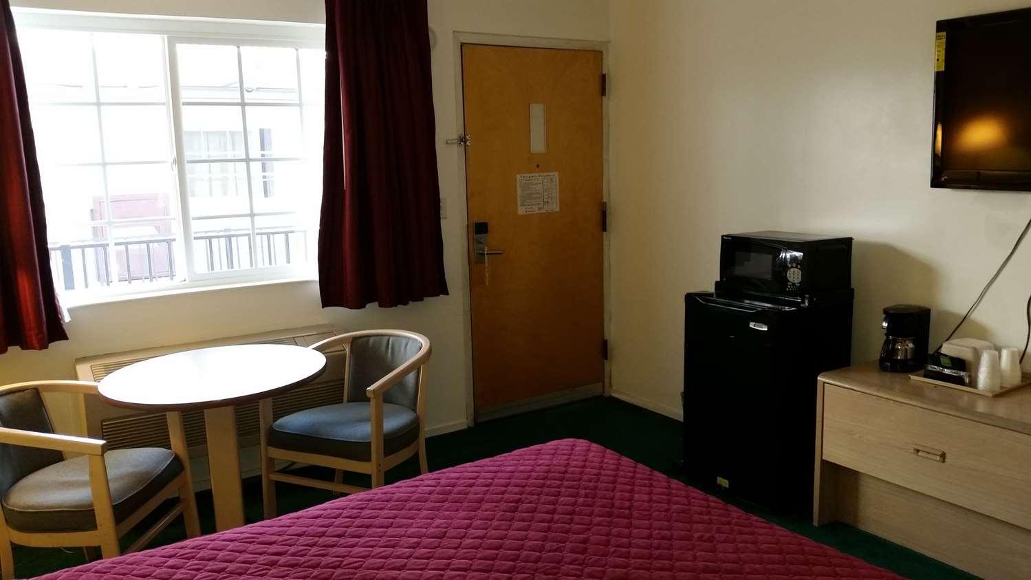 Room - Rodeway Inn Civic Center San Francisco