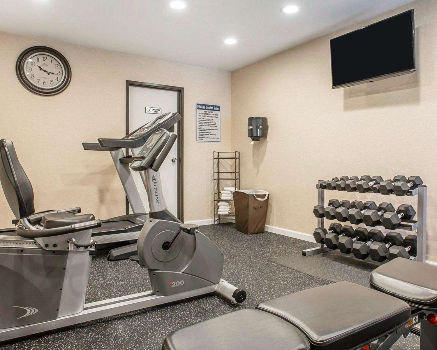 Quality Inn Amp Suites Woodland Ca See Discounts