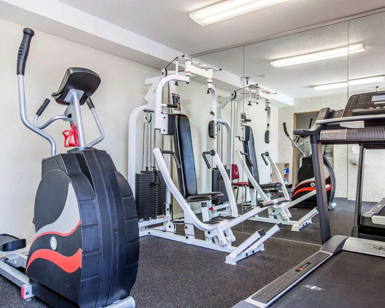 Fitness/ Exercise Room - Comfort Inn Pasadena