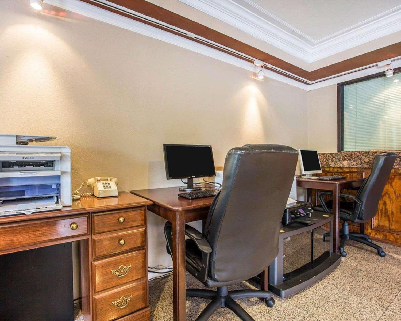 Conference Area - Comfort Inn Pasadena