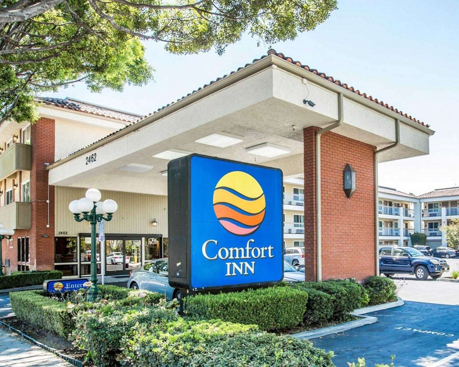 Exterior view - Comfort Inn Pasadena
