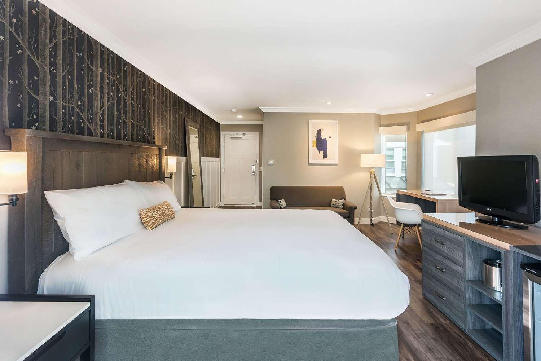 Room - UpValley Inn & Hot Springs Calistoga