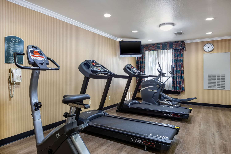 Fitness/ Exercise Room - Comfort Inn & Suites Anaheim