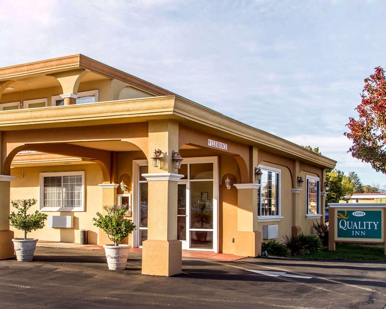 Exterior view - Quality Inn Ukiah