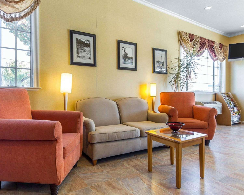 Lobby - Quality Inn Ukiah