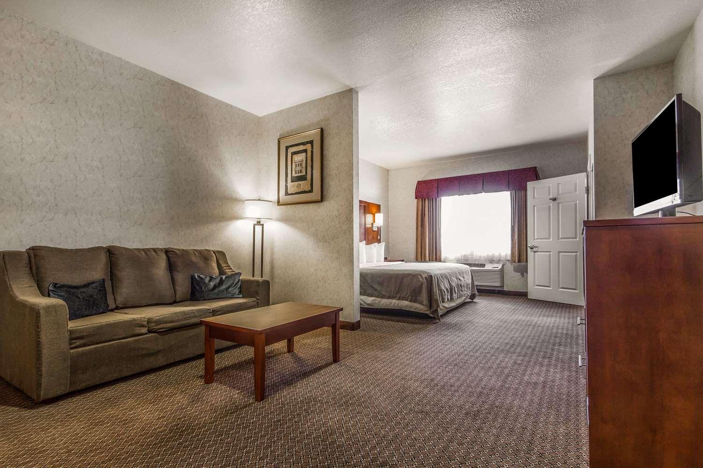 Suite - Quality Inn San Jose