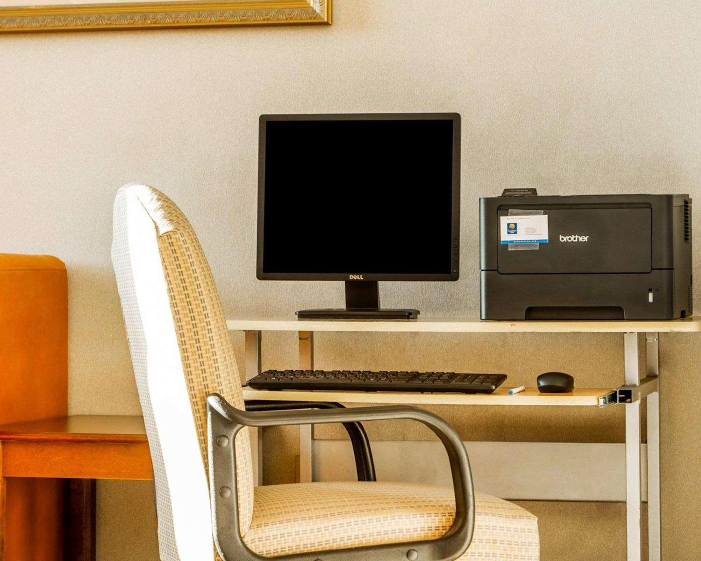 Conference Area - Comfort Inn Watsonville