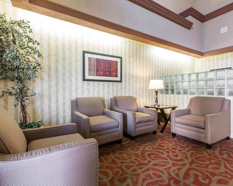 Lobby - Comfort Suites Palm Desert