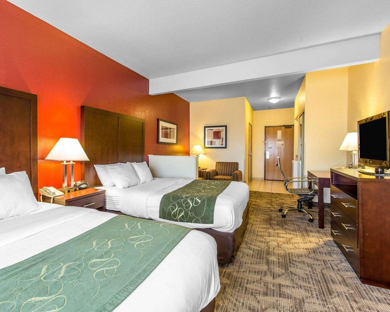 Suite - Comfort Suites Palm Desert