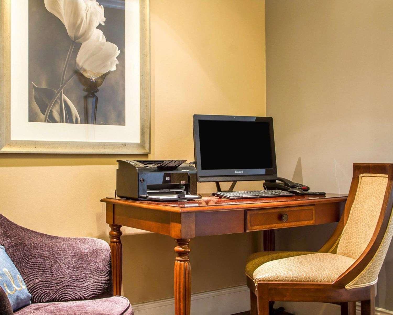 Conference Area - Villa Montes Hotel San Bruno