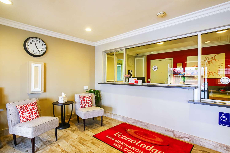 Lobby - Econo Lodge San Bernardino