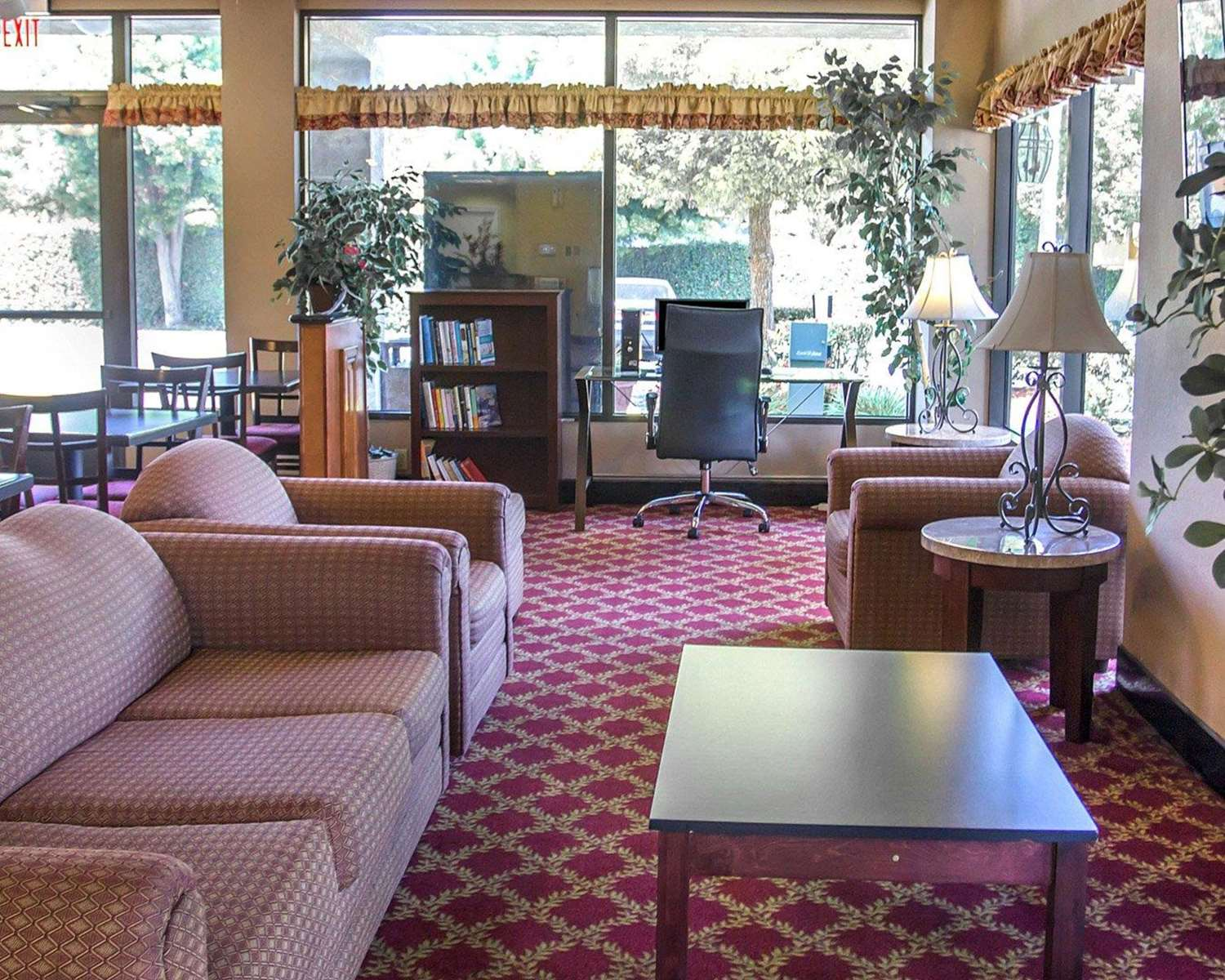 Conference Area - Quality Inn UC Riverside