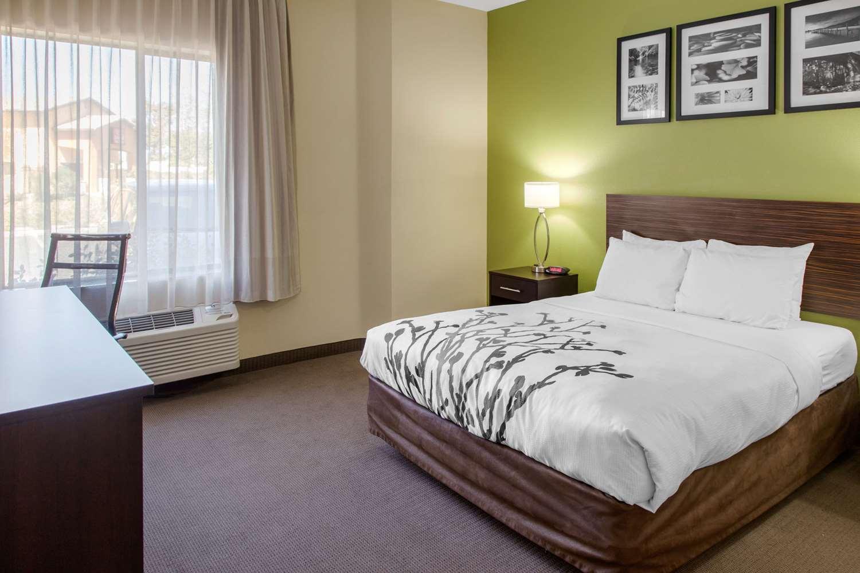 Room - Sleep Inn & Suites Bakersfield