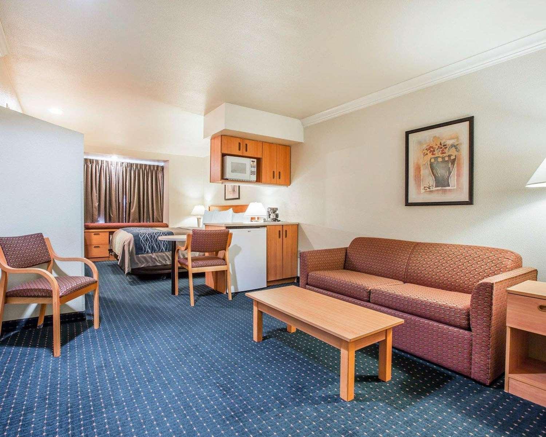 Comfort Inn Amp Suites Salinas Ca See Discounts